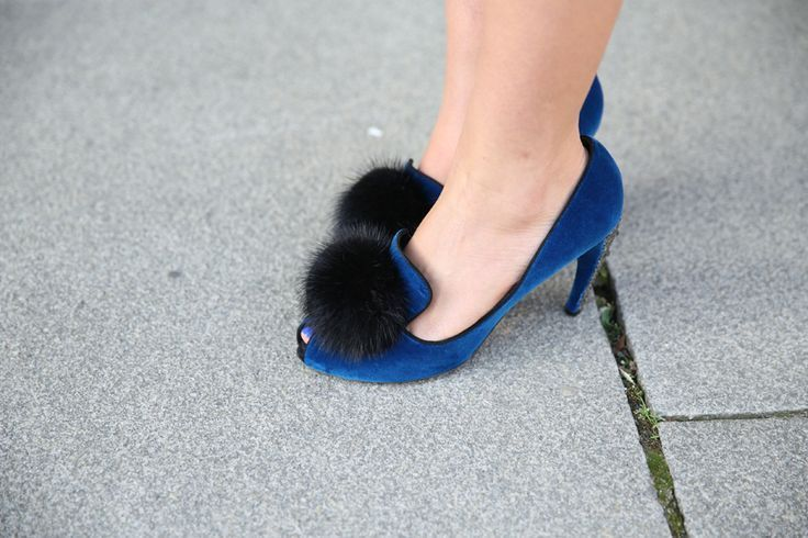 Louis Vuitton fur heels on the streets of #PFW (Photography by Saskia Lawaks for http://Vogue.fr) | See more about louis vuitton, furs and heels.