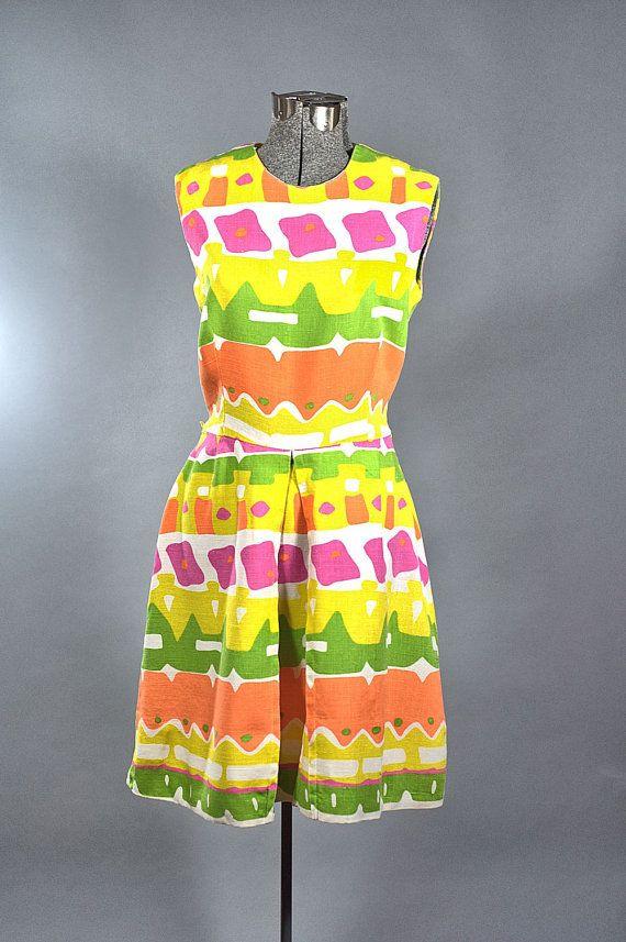 1960 Cotton Dress Vintage Mod Print Linen Day Dress Sleeveless Size Medium Made In Usa Vintage Clothing Online Vintage Cotton Dress Day Dresses