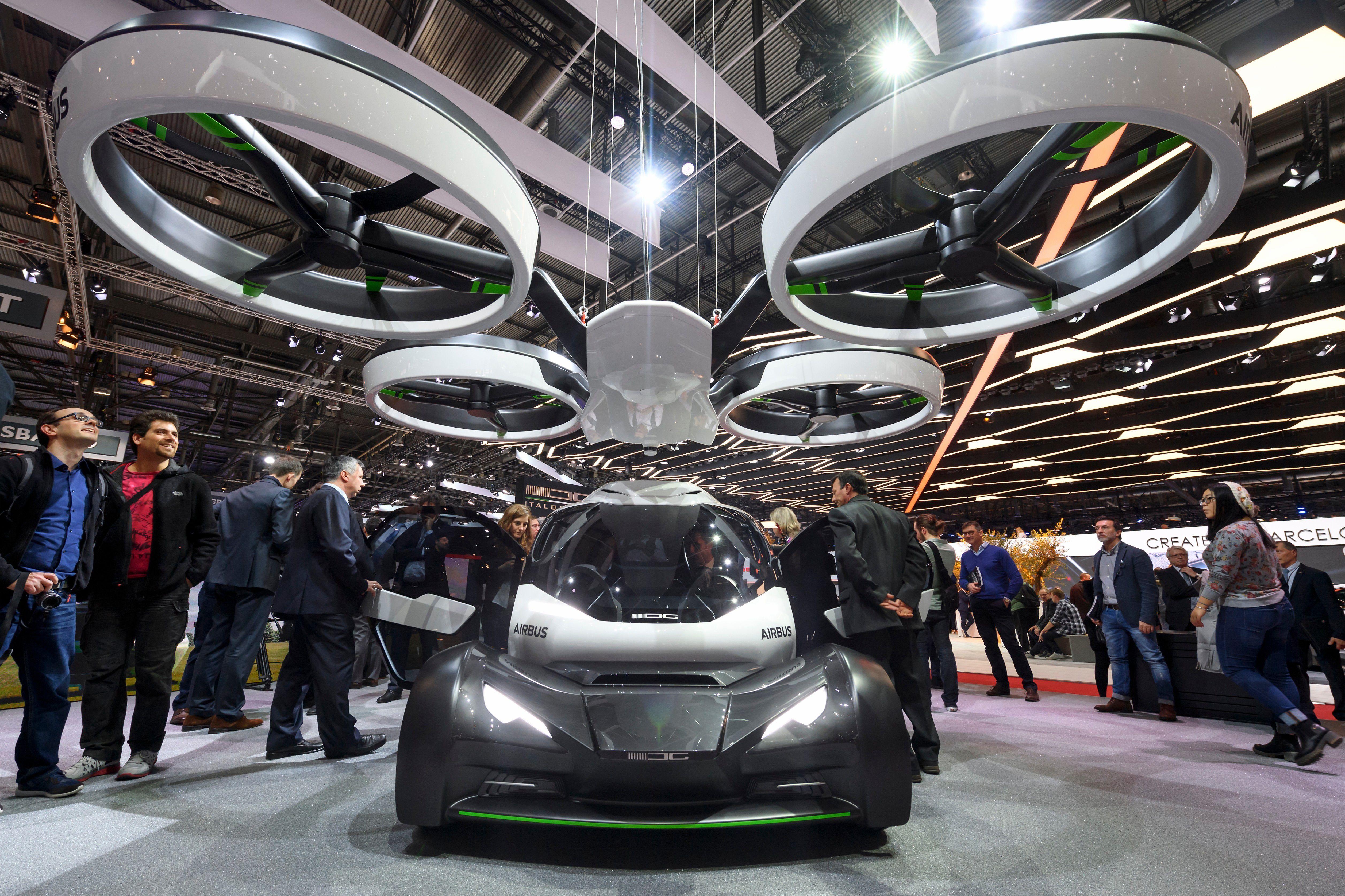 Airbus 展出模組化無人飛行車概念 Flying car, Concept cars, Weird cars