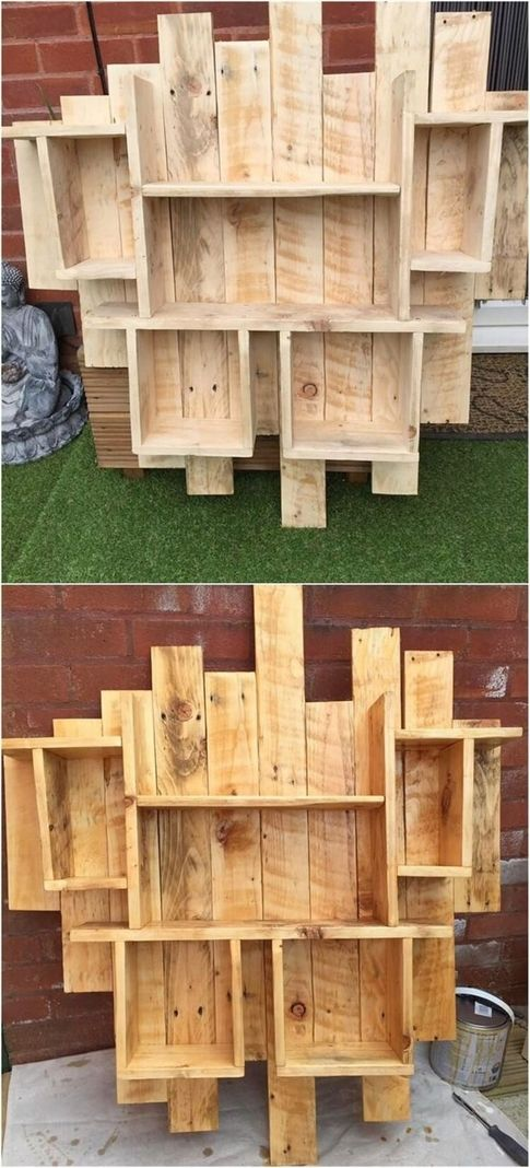 This Is Quite An Interesting Wood Pallet Shelf Idea Which You Can Keep Over The Top Of The Wall C Pallet Wood Shelves Wooden Pallet Projects Pallet Shelves Diy