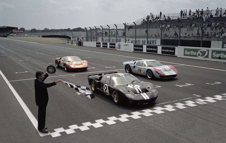 Ford Recreates Its 1966 Le Man 1 2 3 Finish Ford Gt40 Ford Gt Ford Racing