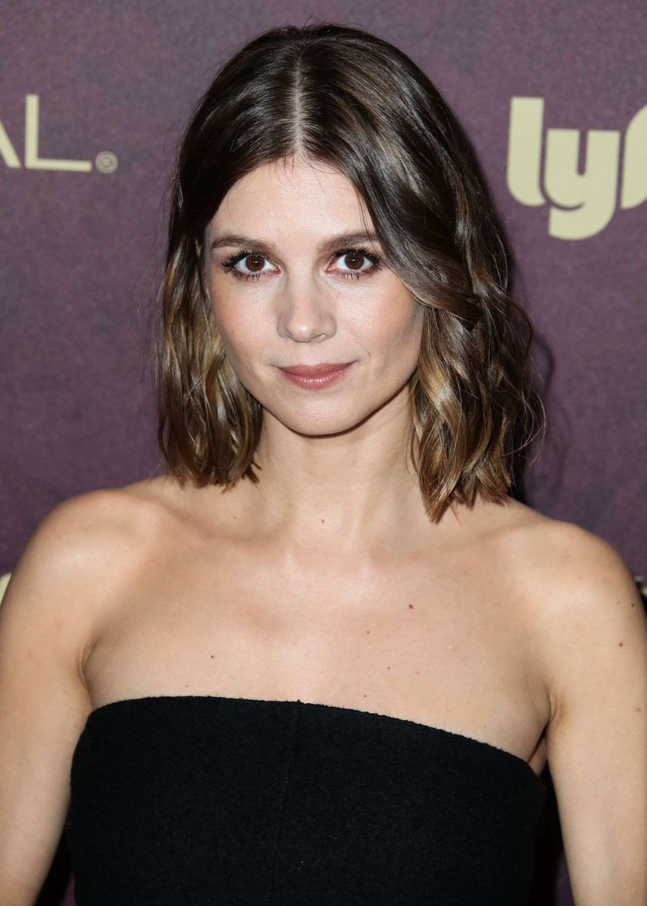 Pin by E on women (With images) | Katja herbers, Entertainment weekly, Women