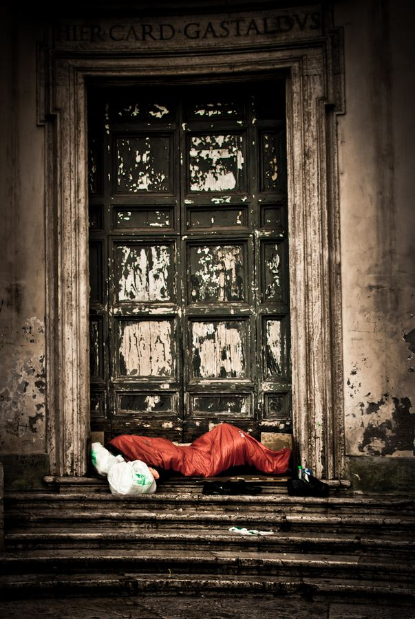 006 Life in a Bodybag, Homeless, Italy. Homelessness appears