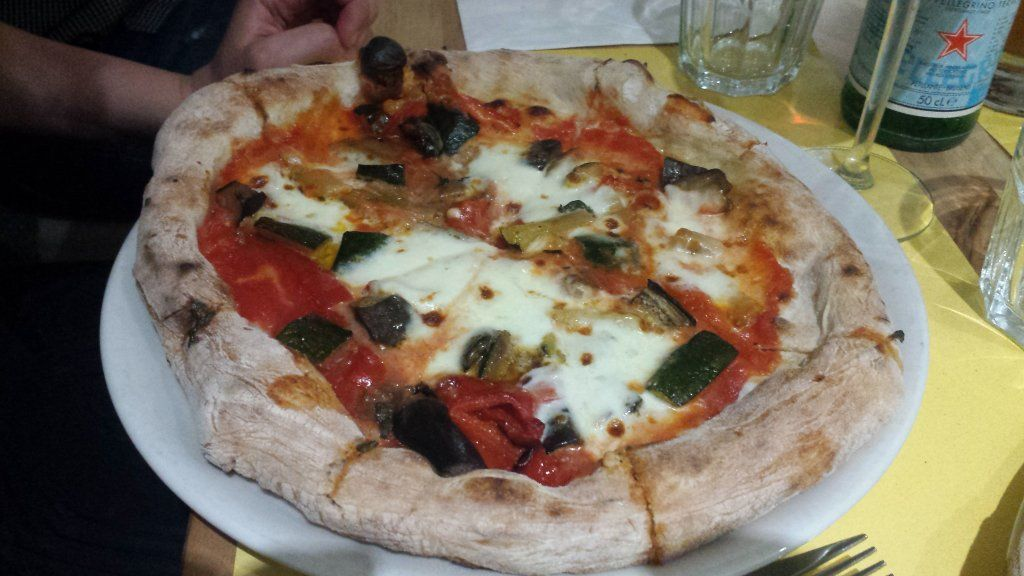 Risso The Best Pizza In Luxembourg Neapolitan Style Hard To