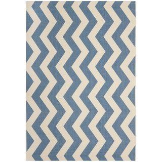 Safavieh Courtyard Blue/Beige Chevron-Pattern Indoor-Outdoor Rug