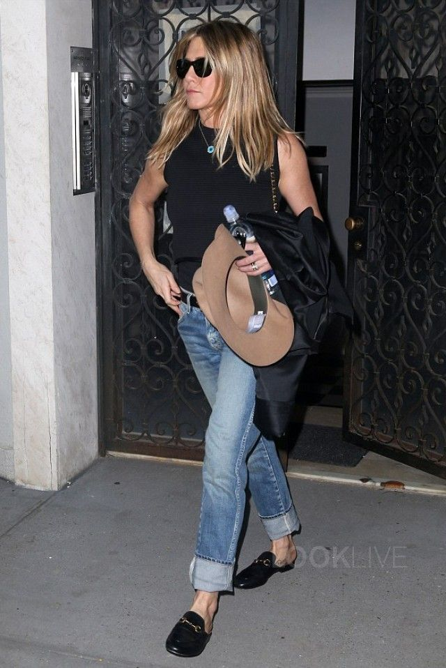 2a6a2bfe6c85 Jennifer Aniston wearing Tom Ford Jack Square Polarized Sunglasses