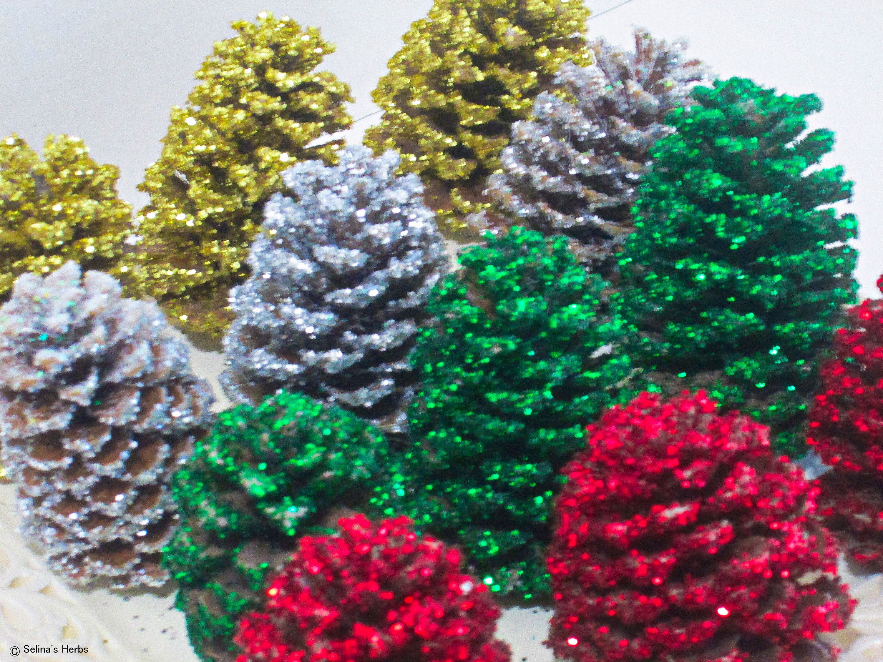 Glitter Pine Cone, Holiday Ornament, Christmas Color, Pinecone ...