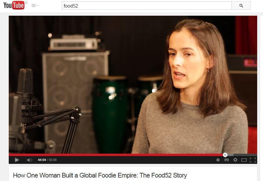 Inauguriamo la sezione Cucina E' Sorriso condividendo questa intervista ad Amanda Hesser, che ha trasformato la sua passione in un impero: Food52. Condividiamo in pieno il manifesto di Food52: -Se...