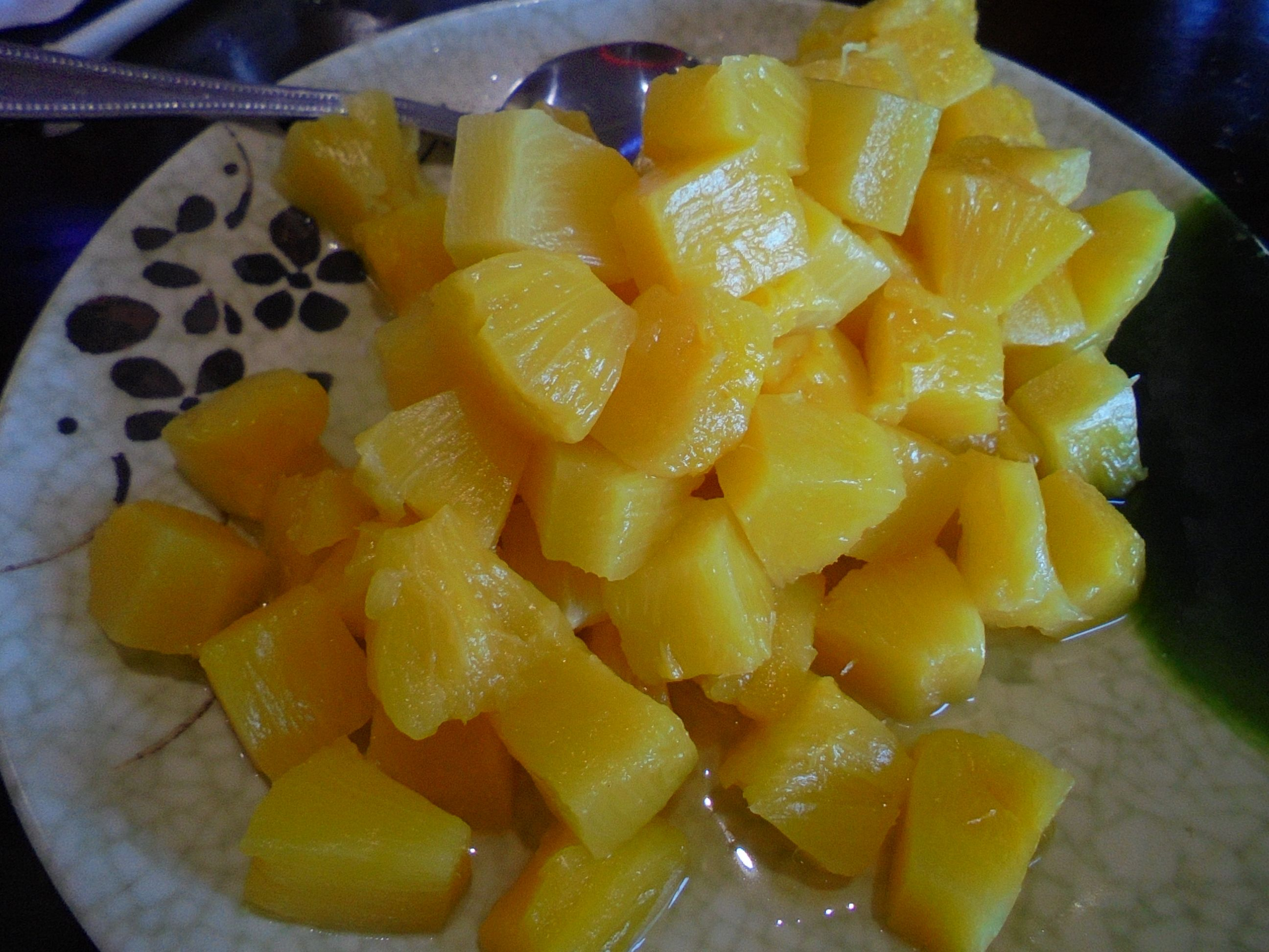 #Fresh #sliced #Dole #pineapple #fruit - #eatingright i spossible with the #right #mindset and #determination to #loseweight