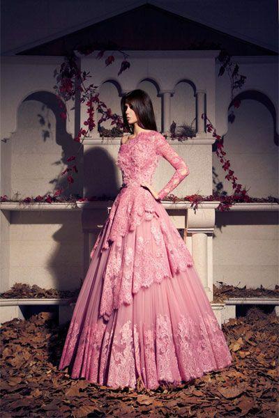 فساتين سهرة فخمة لموسم الخريف والشتاء من توقيع طارق سنو Beautiful Evening Dresses Long Sleeve Evening Dresses Gowns
