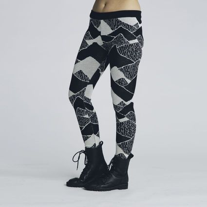 These, please.(Vuori leggins by Uhana design) #uhana #finnishdesign #Weecos #sustainable
