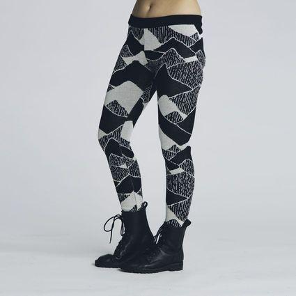 These, please.(Vuori leggins by Uhana design) #uhana #finnishdesign #Weecos #sustainable