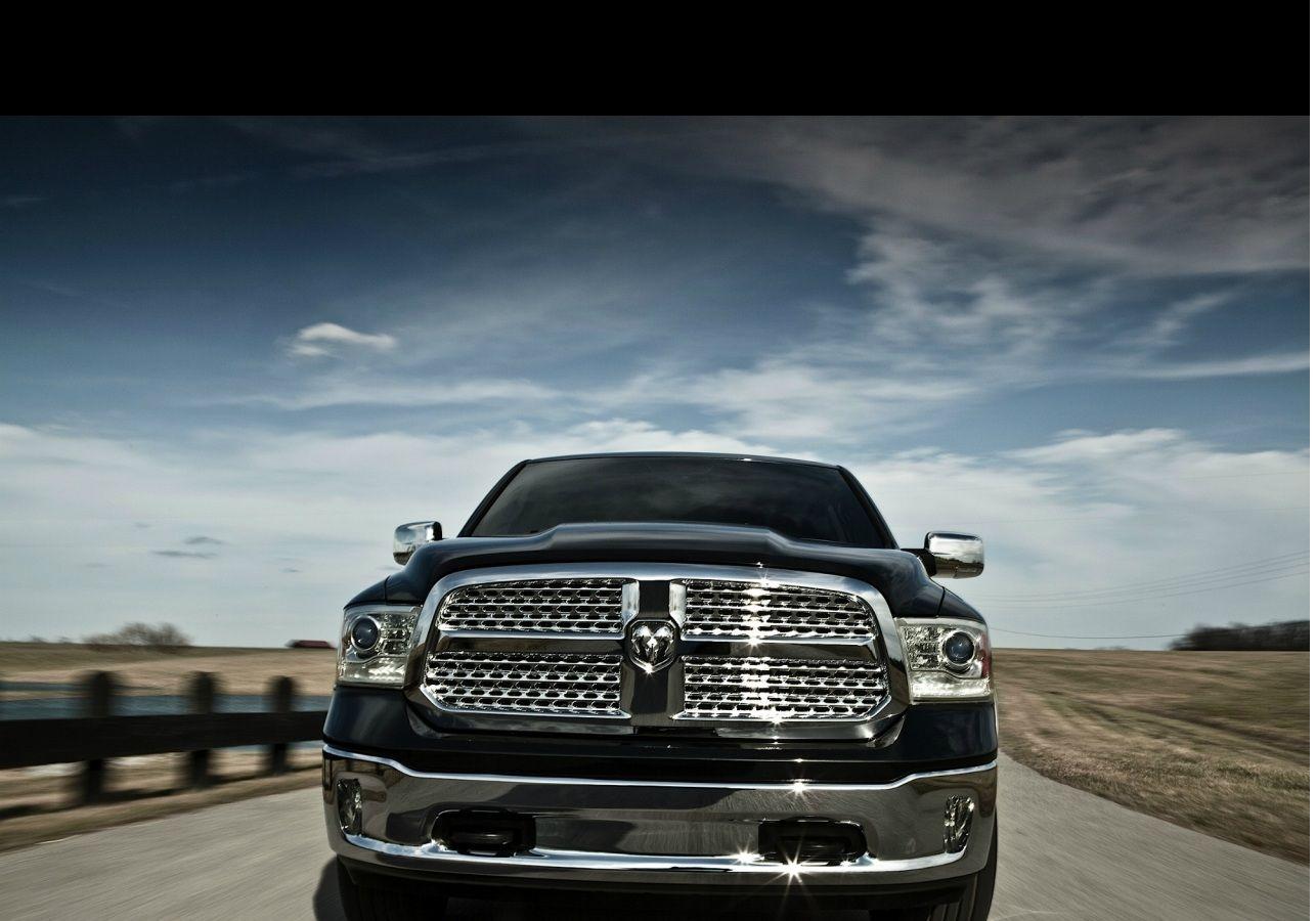 oldukça konforlu ve güçlü bir pickup olan Dodge Ram aynı