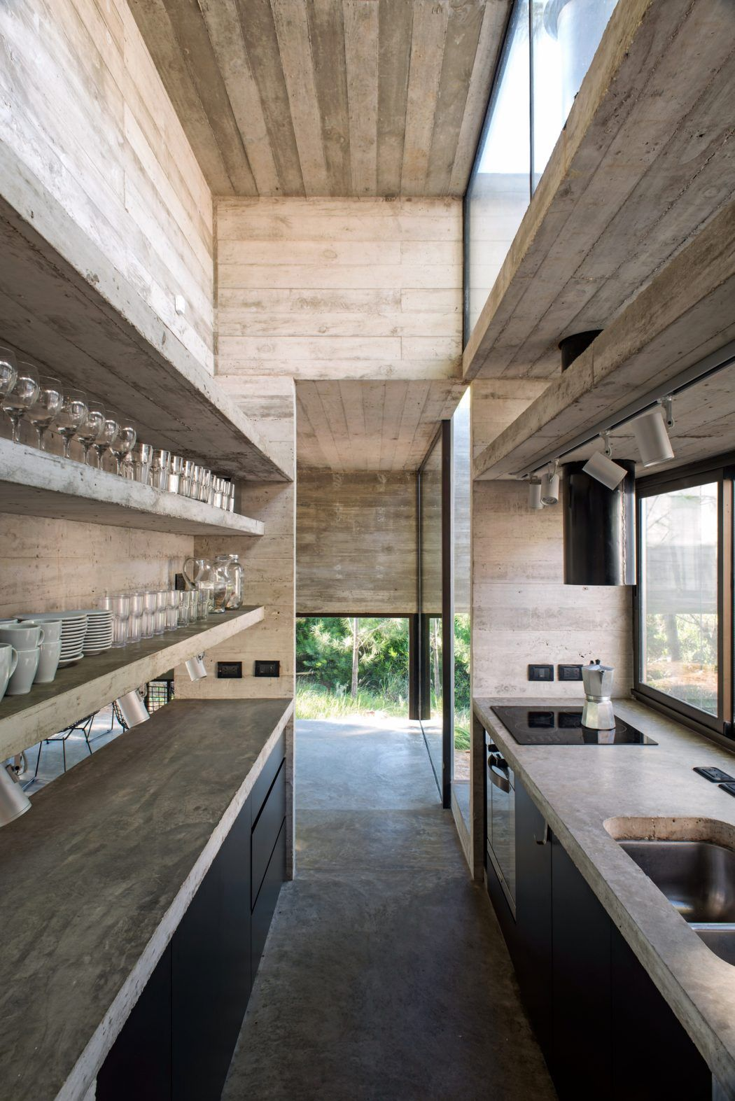 Casa Sj By Luciano Kruk Arquitectos Kitchens Tiny Houses And  # Muebles Luciano