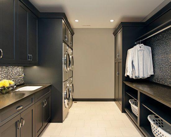 Transitional laundry room lavanderia armarios empotrados for Lavadero empotrado