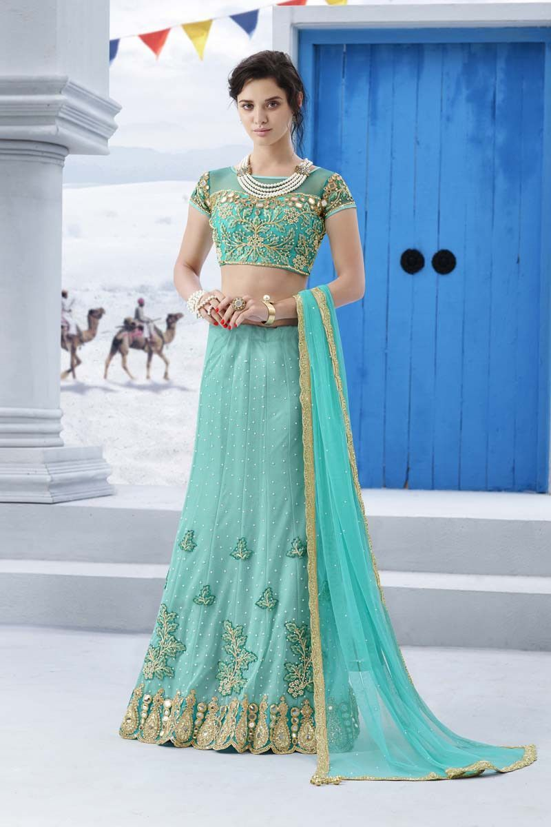 Beautiful Indian Wedding Outfits For Women Pictures Inspiration ...