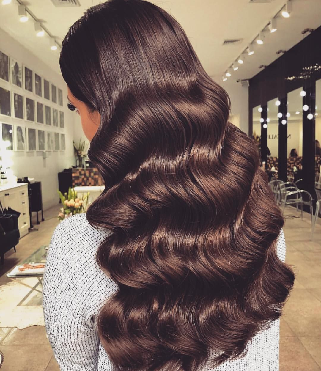 This Is So Lush Drool Worthy Rich Choc Strands By Natalieannehair If You Wouldn T Eat Or Drink Produ Hair Styles Long Hair Styles Hair Waves