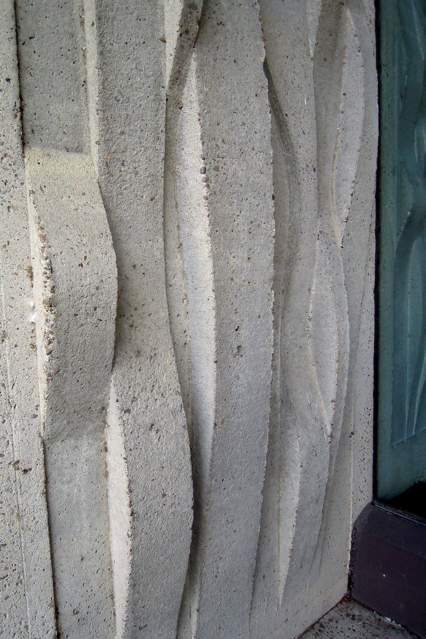 Concrete detail outside of the Administration and News Pavilion, now Wing 1 of the Port of Montreal building
