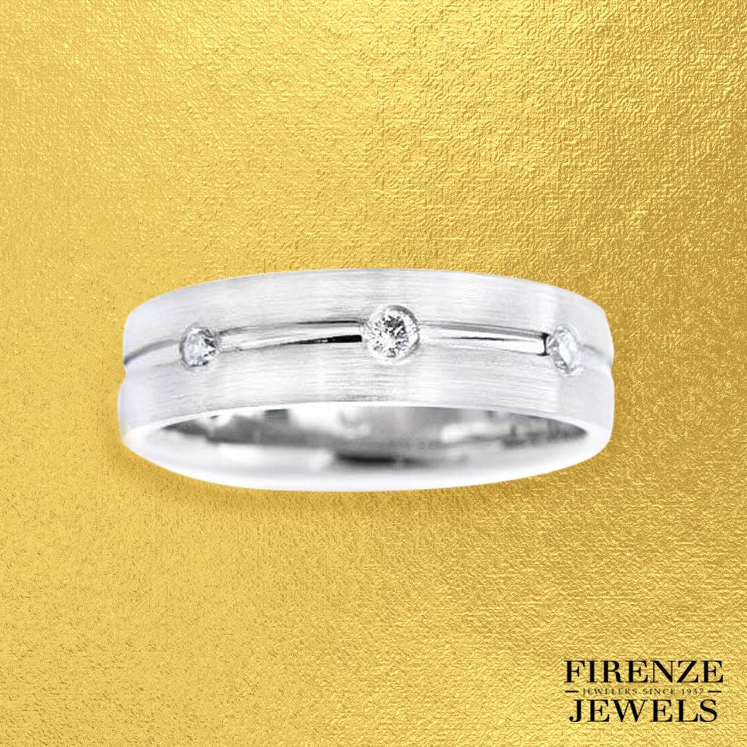 32ct Men's Diamond 18K White Gold Wedding Band Ring