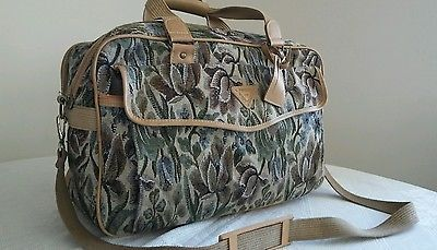 """Vtg Floral Tapestry Travel Carry On Luggage Duffle Bag FRENCH WEST INDIES 20"""""""