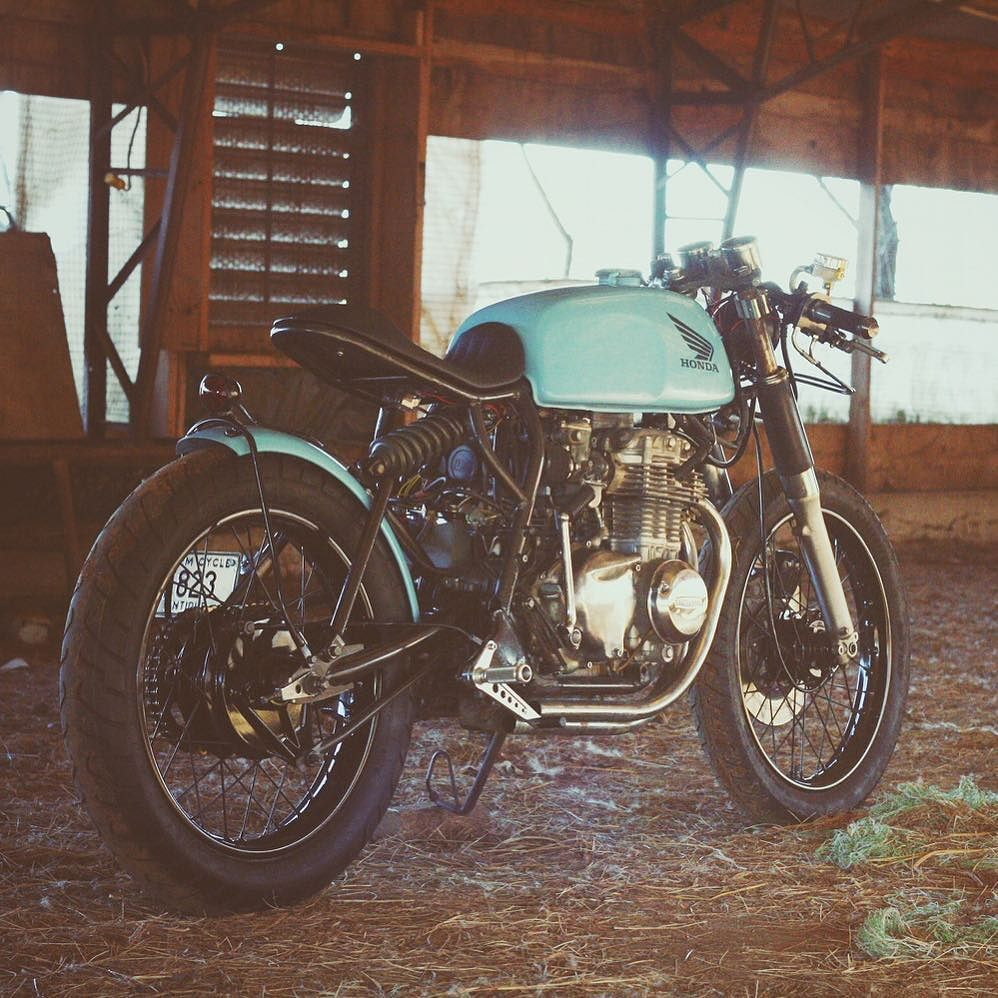 On the Blog: Baby Blue, Barn-Built '73 #CB350F by @wil_hight. With shouts to @oneup_motogarage and @returnofthecaferacers. ⚡️Link in Profile⚡️ by bikeboundblog http://overboldmotor.co