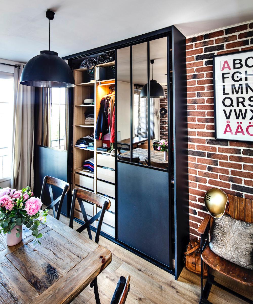 Placard Avec Portes Inspiration Atelier Avec Des Miroirs Compagnie Des Ateliers En 2020 Idees Pour La Maison Miroir Maison