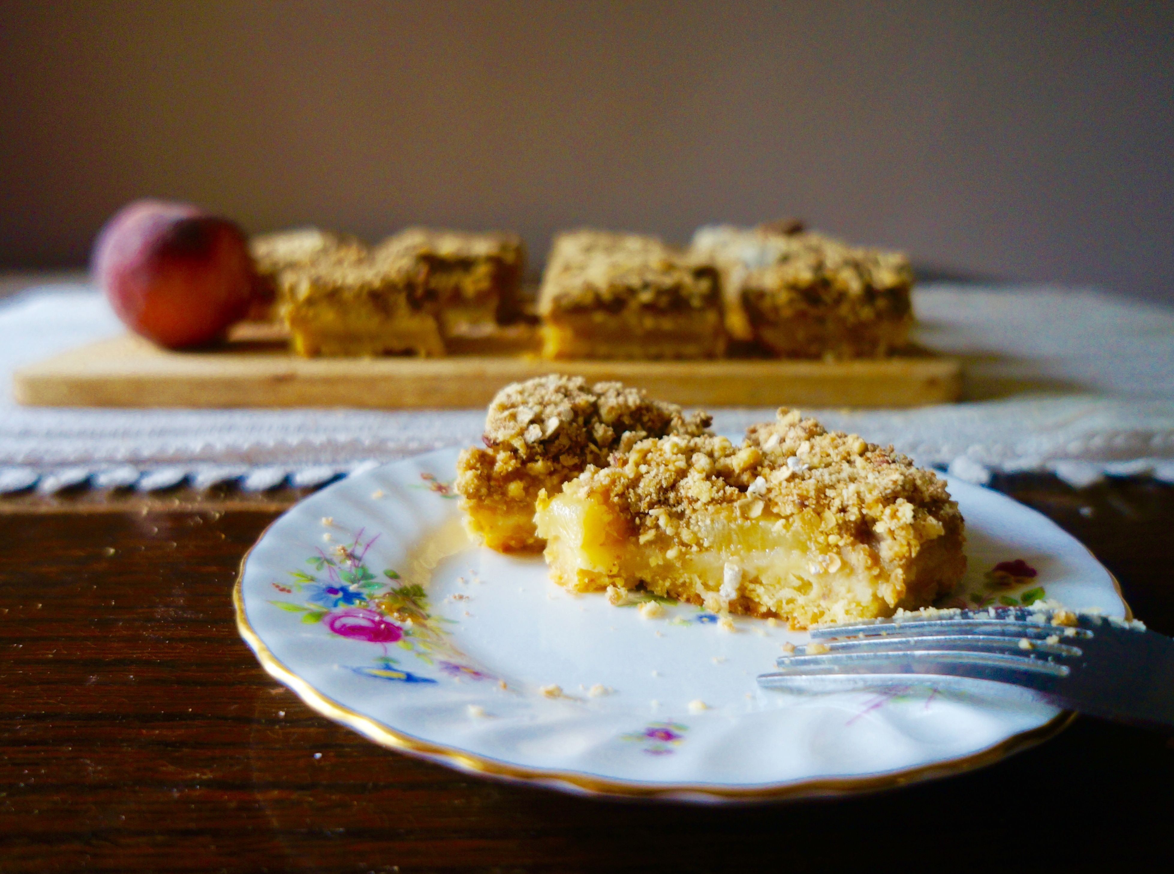 Peach & Pecan Crumble Pie Bars | KitchenSpells