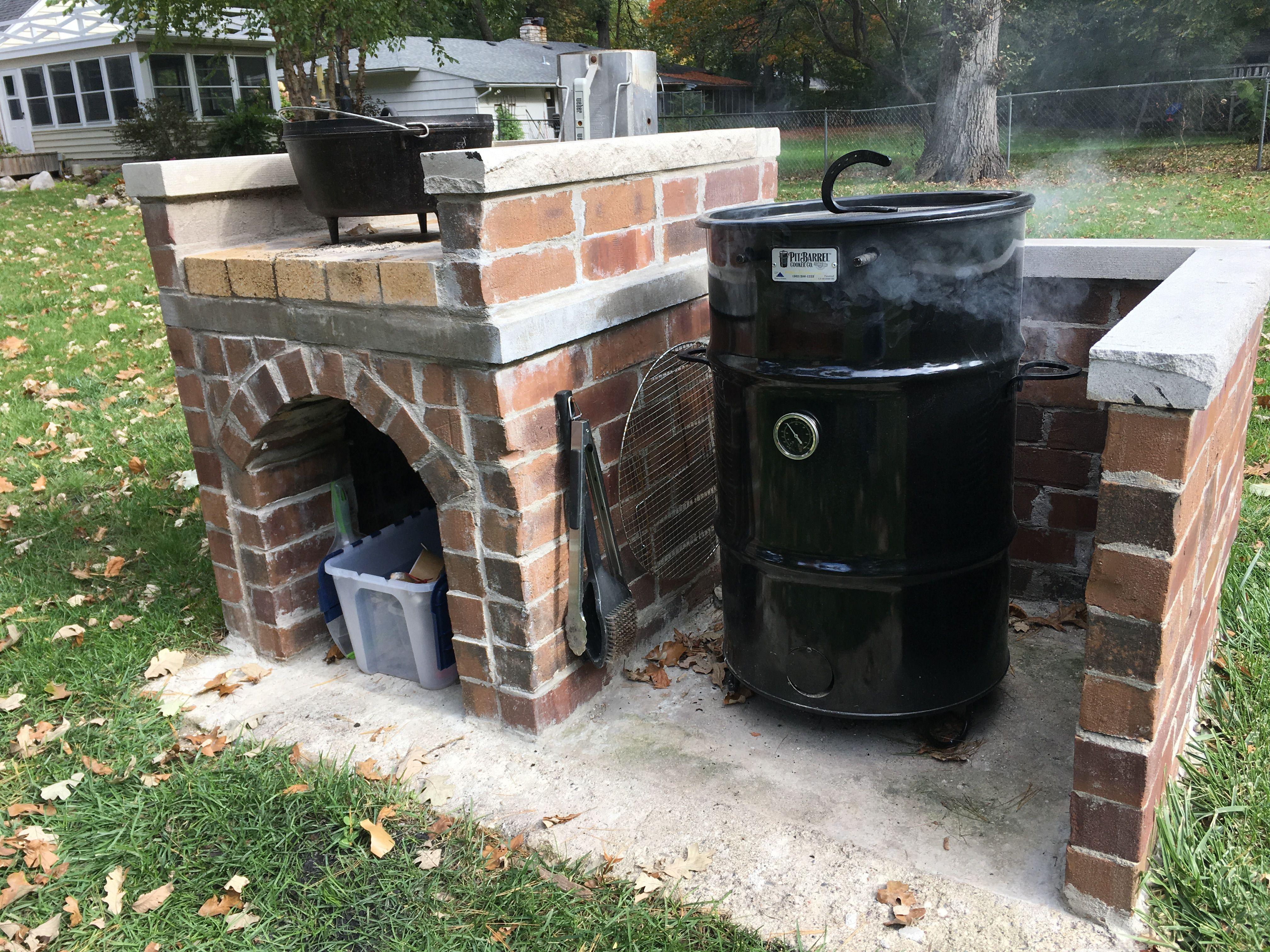 Diy Brick Pit Barrel Cooker Enclosure With Dutch Oven Table Dutch Oven Table Pit Barrel Cooker Pizza Oven Fireplace