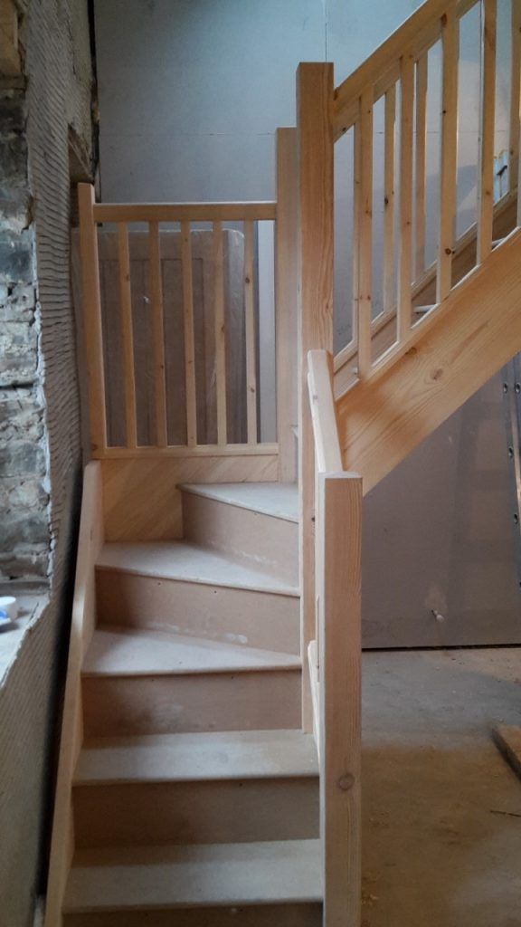 Best Softwood Winder 2 House Staircase Tiny House Living 400 x 300