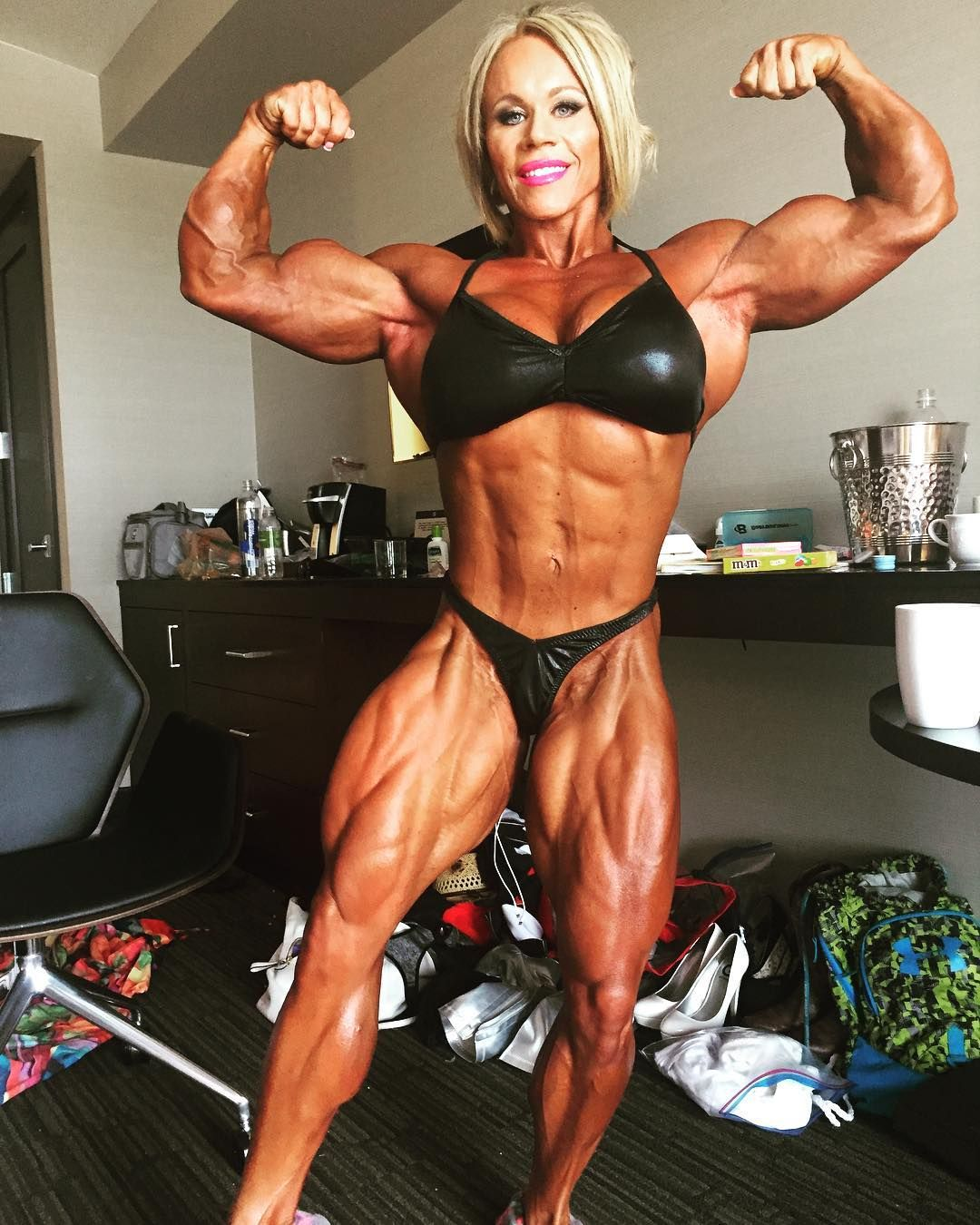 Aleesha Young Aleeshayoungfbb En Instagram Happy Flexfriday My Friends Fbb Femalebodybui Exercice Musculation Abdo Exercice Musculation Musculation Посмотрите твиты по теме «#fbb» в твиттере. aleesha young aleeshayoungfbb en