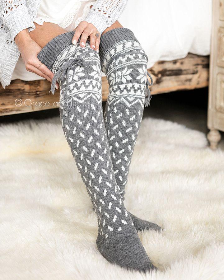 a5cec93a24297 Grace & Lace Alpine Thigh High Boot Socks (Grey/White Snowflake ...