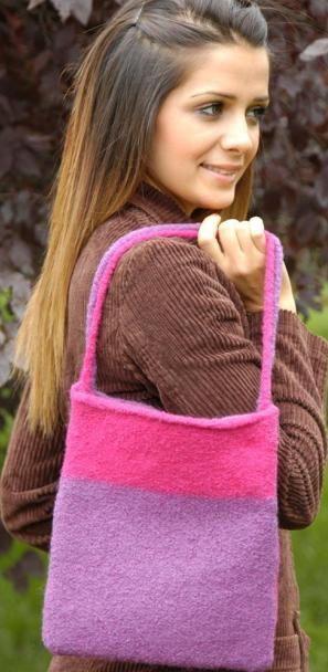 Felted 2-Color Bag Knitting Pattern   FaveCrafts.com ...