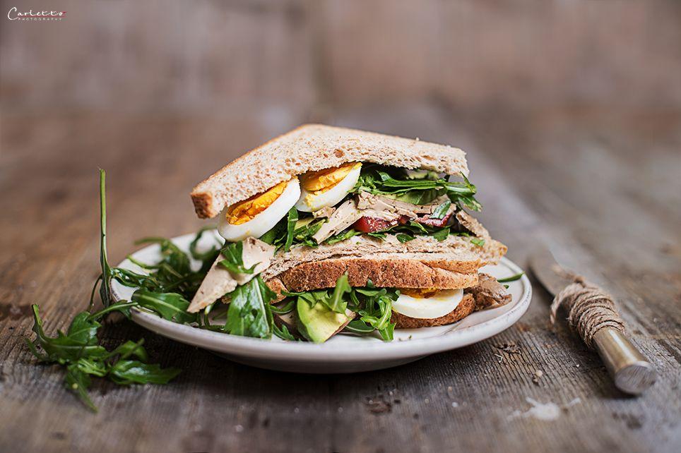 veggie sandwich mit avocado ei rezept snack rezepte kleinigkeiten pinterest. Black Bedroom Furniture Sets. Home Design Ideas