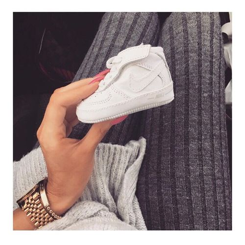 Imagen De Baby Nike And Shoes Baby Sneakers Baby Fashion Baby Girl Fashion