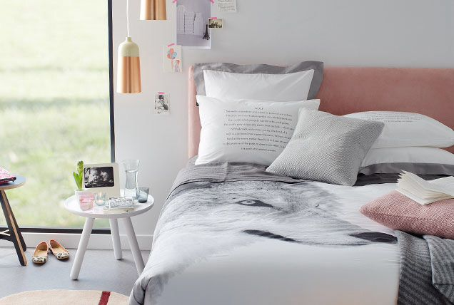 Rose gold, grey and pink look fresh and summery in this ...