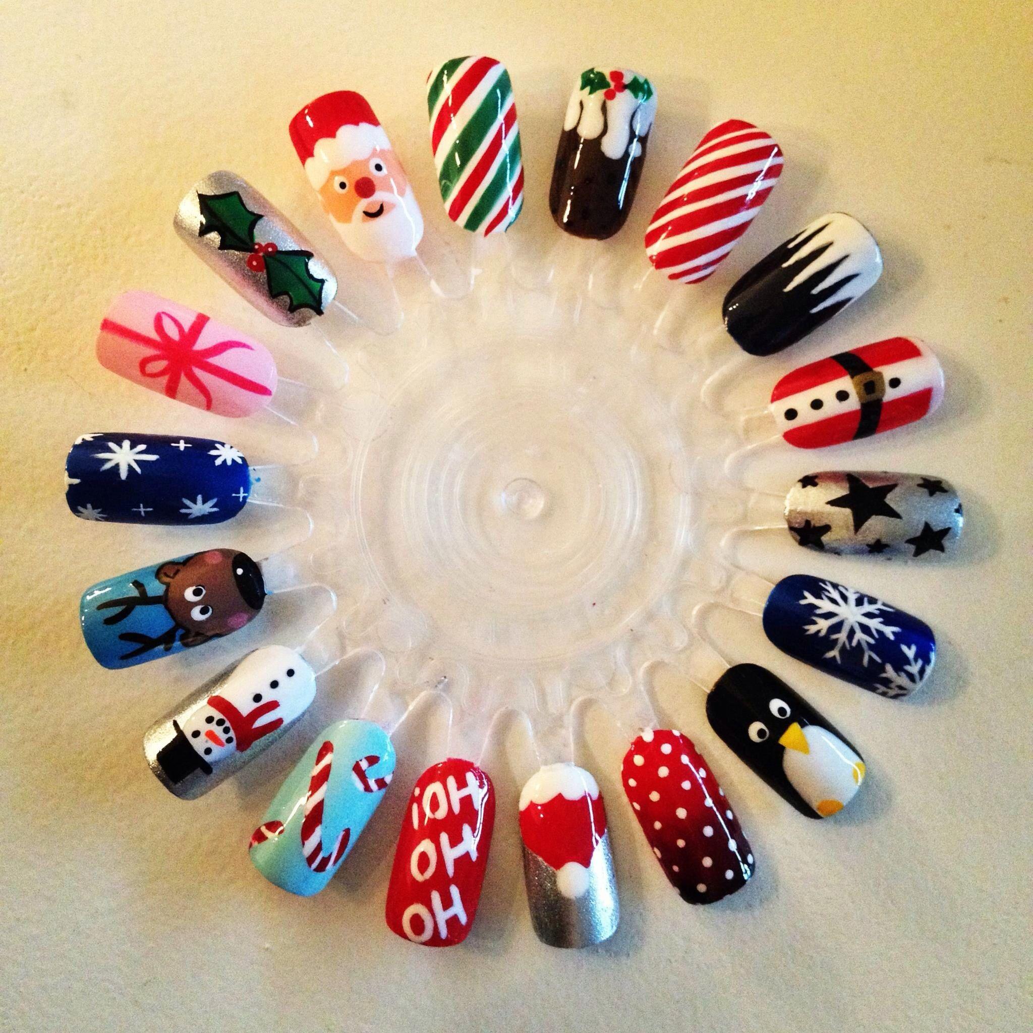 Christmas nail art | t amo | Pinterest | Nagelschere, Fingernägel ...