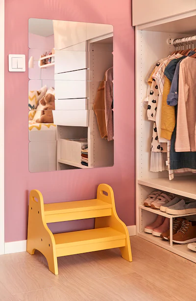 Trogen Trapje Kruk Voor Kind Geel 40x38x33 Cm Ikea Kindertrapje Gele Kinderkamers Opstapjes