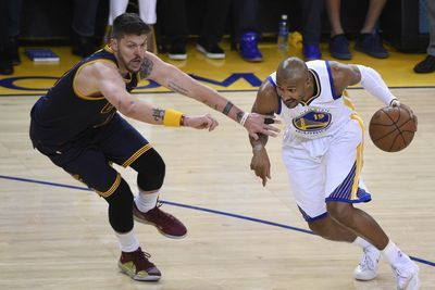 Leandro Barbosa is the latest Warriors reserve to kill the Cavaliers
