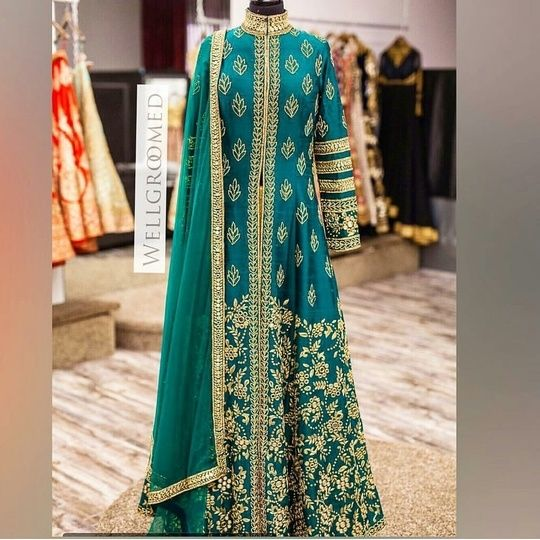 Best outfit for best occasion.... Indian outfits, Indian
