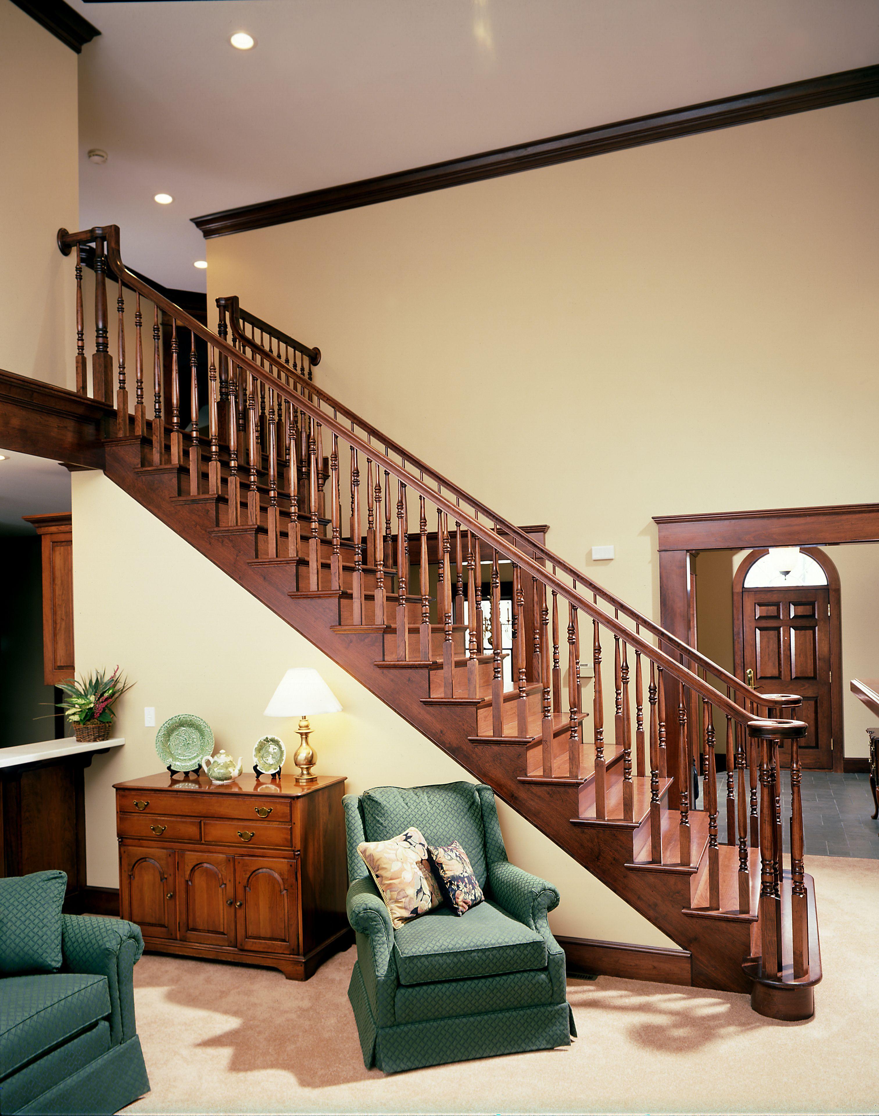 Escalera recta en madera casa pinterest escalera for Escalera madera decoracion