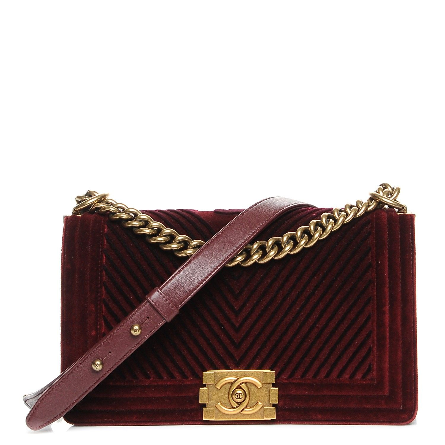 481fbdde86d59a This is an authentic CHANEL Velvet Chevron Medium Boy Flap in Burgundy.  This Paris Metiers