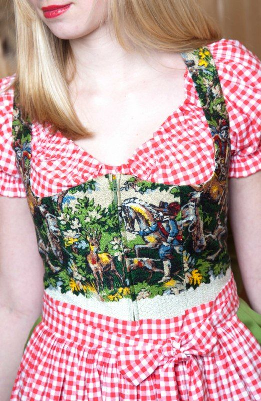 Dirndl!!! This is the kind of exciting fabric I would like to find when I make one.