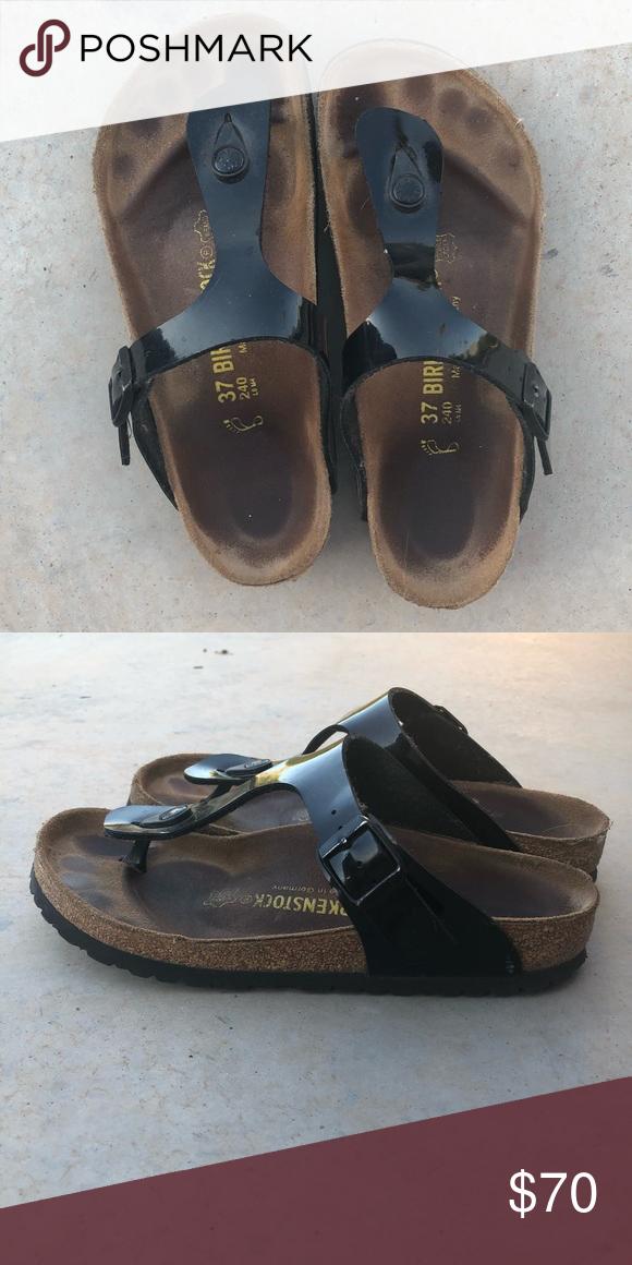 Black Gizeh Birkenstock sandals (size 7) Black Gizeh sandals