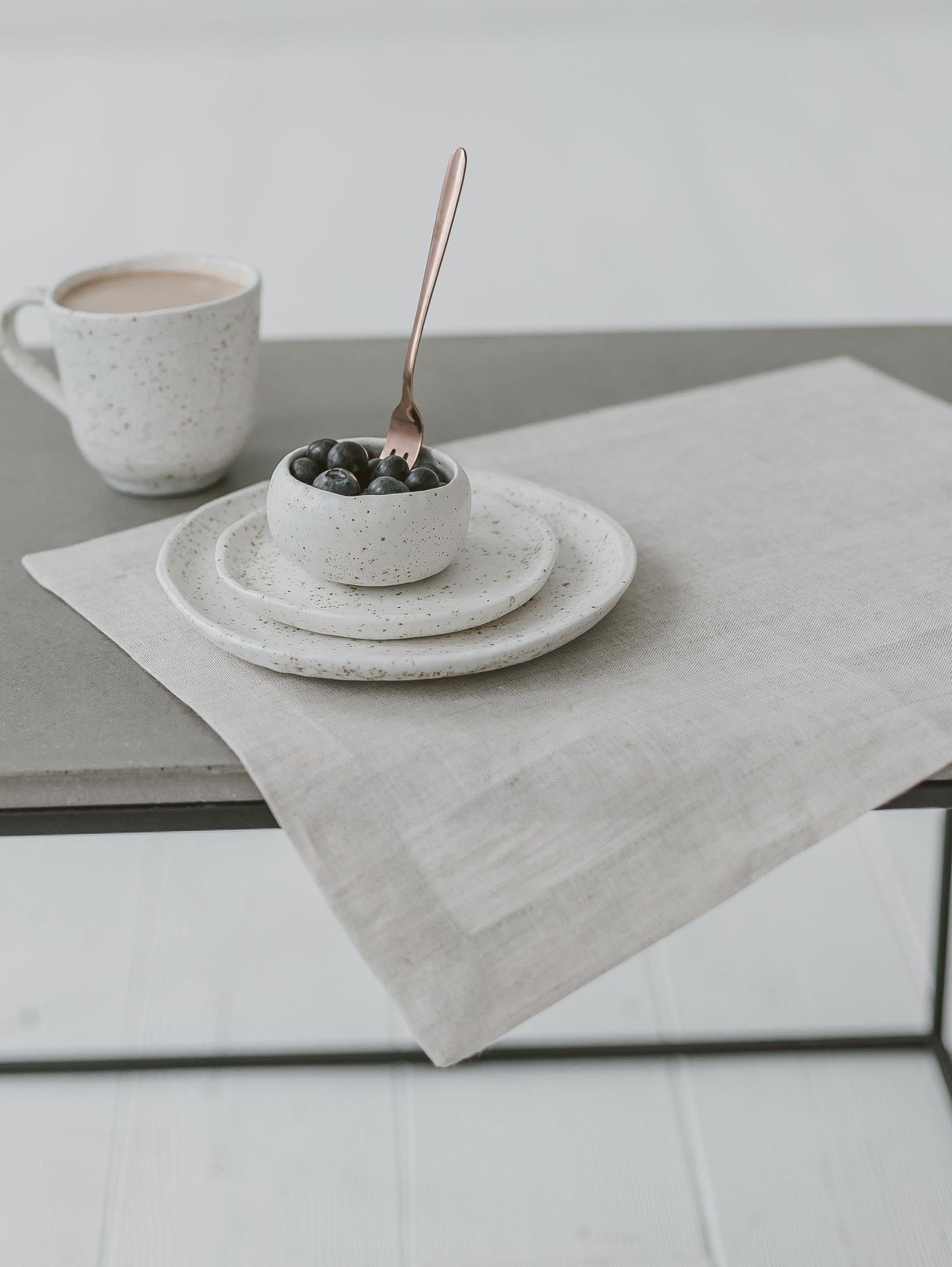 Light Grey Linen Placemats For Elegant Wedding Grey Place Etsy In 2021 Linen Placemats Rustic Placemats Cloth Dinner Napkins