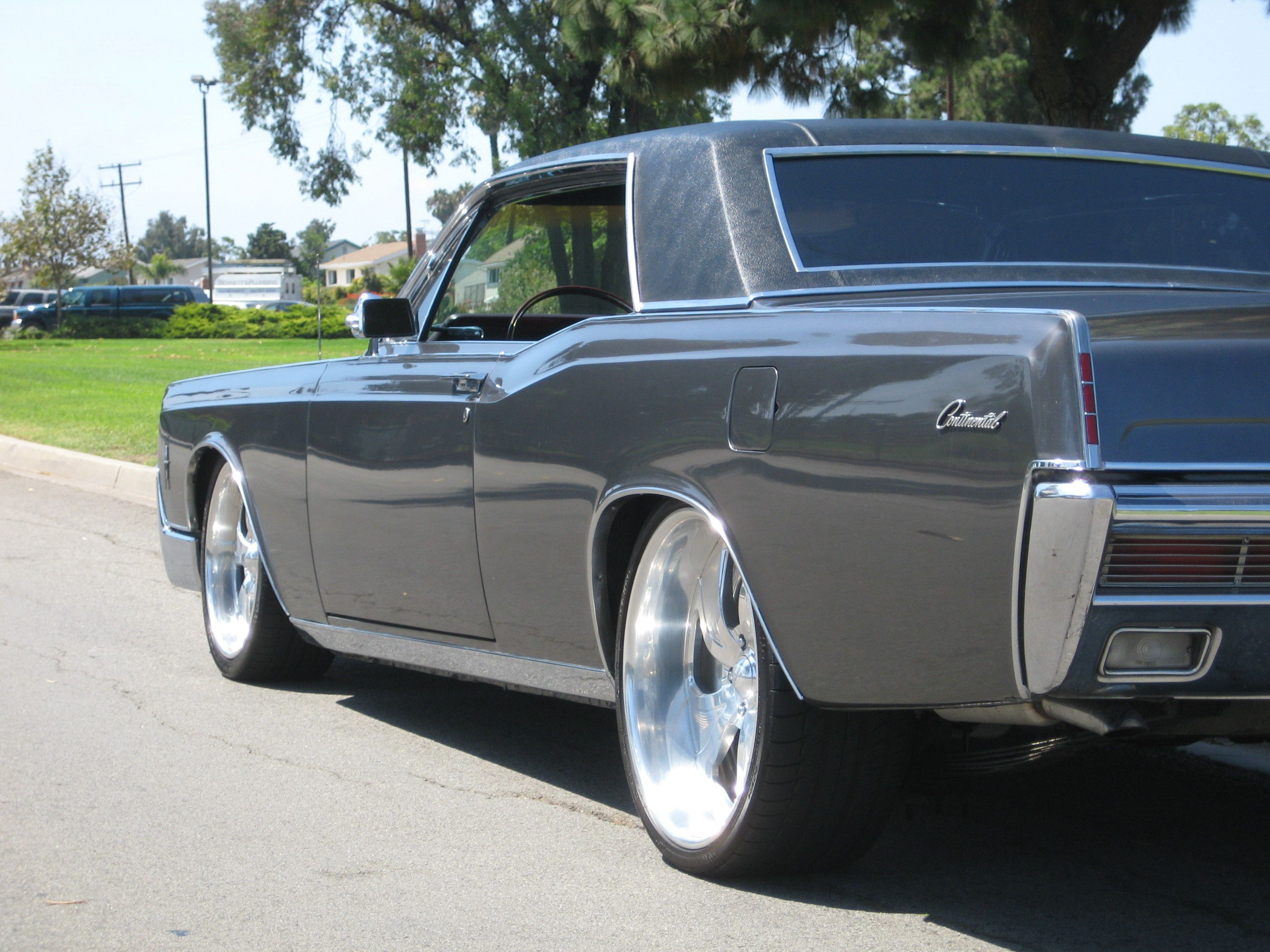 Check out customized gregory31 s 1966 lincoln continental photos parts specs modification for
