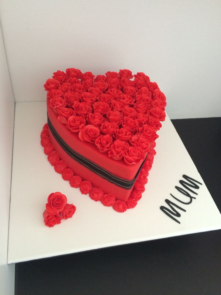 Beautiful Heart Cake Images : Beautiful heart cake with fondant roses My cake ...