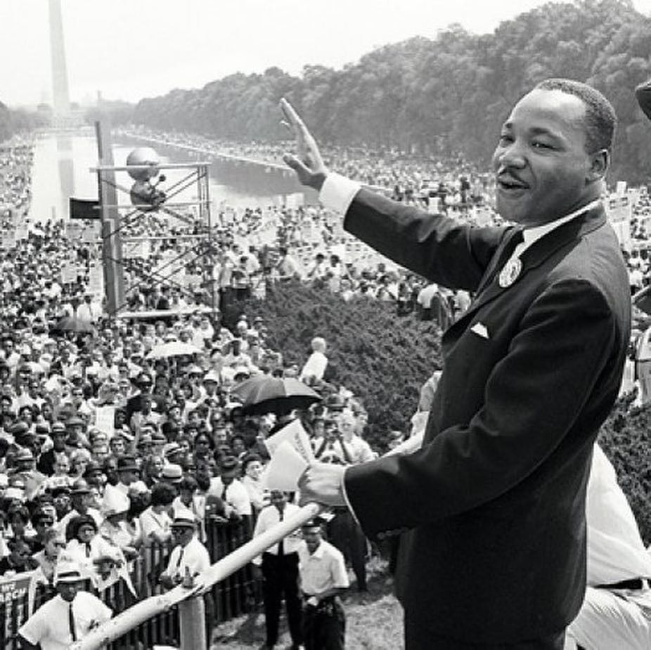 Pin By 700 Three On P E O P L E Martin Luther King Jr Martin