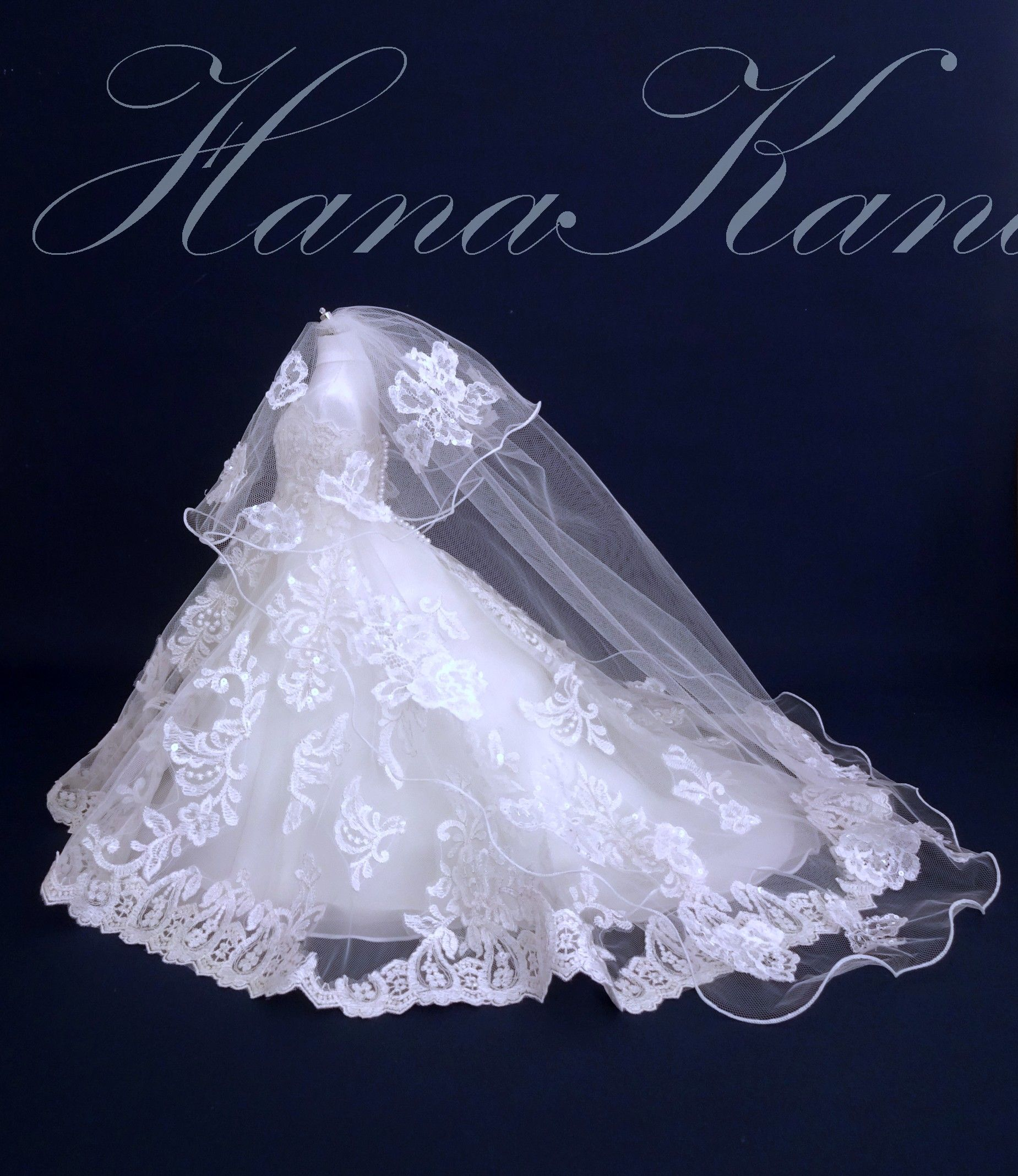 Hanakanadress ウエディングドレスからミニチュアドレスへリメイクしました ウエディングドレスリメイク ミニチュアドール ミニドレス ミニチュアベールドレス ミニチュアウエディングドレス 細部まで再現 ジオラマ ウエディングドール フラワーガールドレス