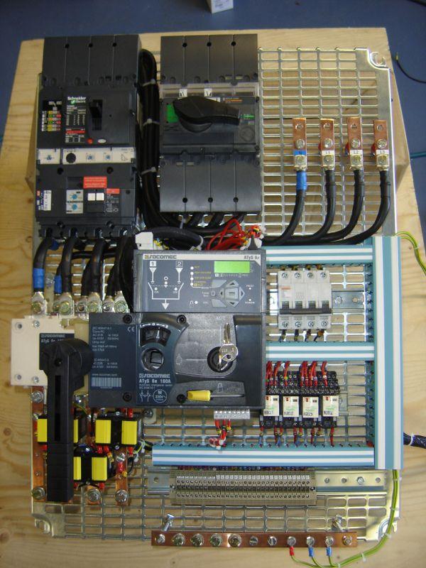 Schema Inverseur De Source Automatique Schneider Schema Schema Electrique Installation Electrique
