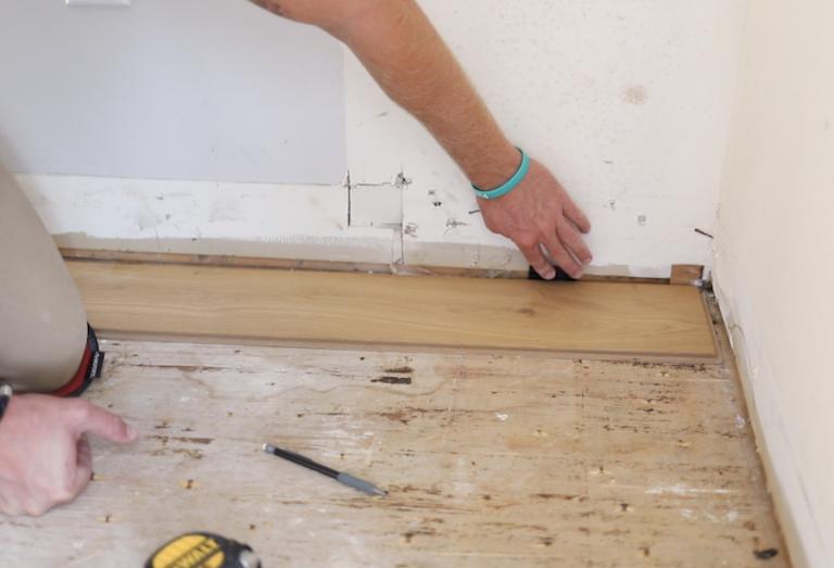 How To Install Click Lock Engineered Hardwood Flooring in